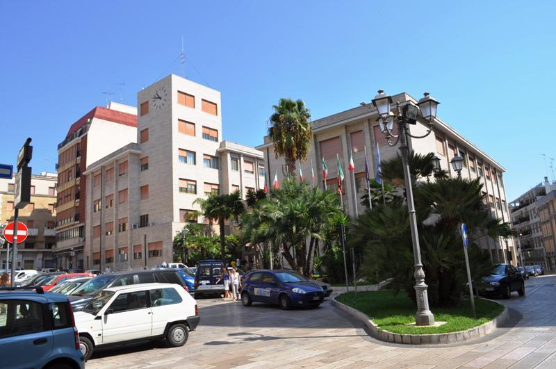 Il-municipio-di-Brindisi