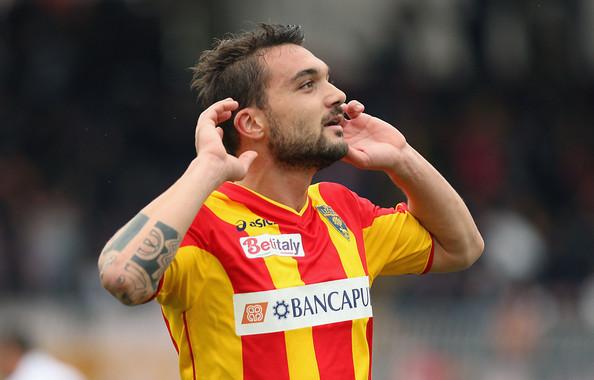 Daniele+Corvia+Lecce+v+Cagliari+Calcio+Serie+V9dvULVmhf1l