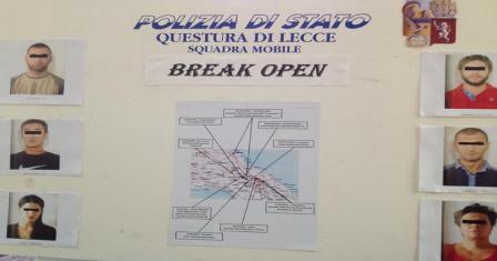 operazione 'break open'