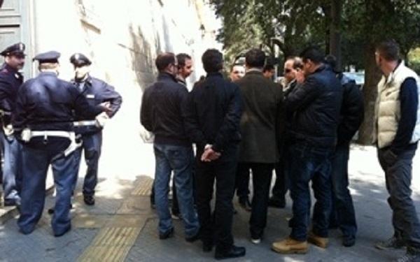protesta operai Omfesa