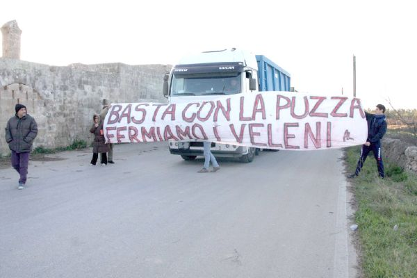 No alla discarica 'Vergine' -Lizzano
