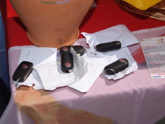 chiavi auto attrezzate 'CuoreAmico'
