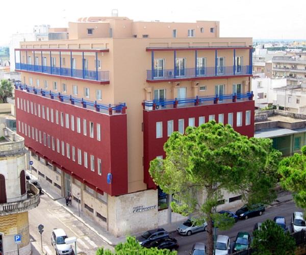Clinica 'S.Francesco' a Galatina