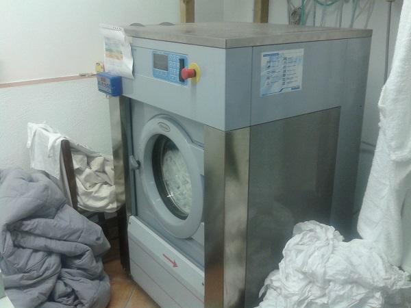 sequestro lavanderia abusiva a Sannicola