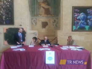 conferenza per ospedale pediatrico a Lecce