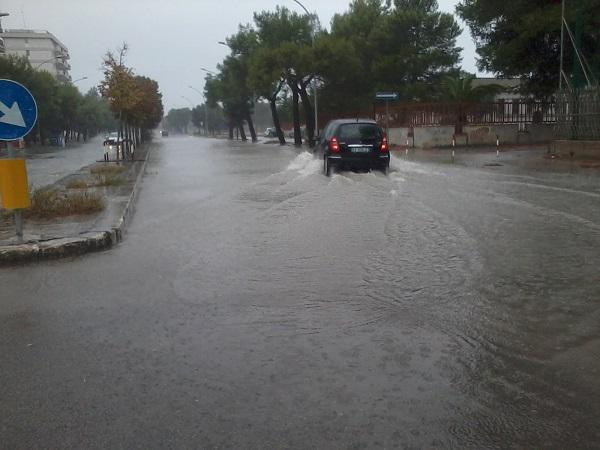 Lecce viale roma incrocio via Napoli