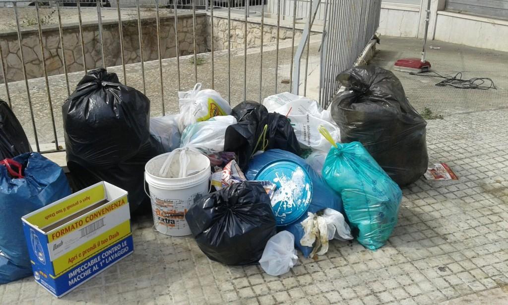 FOTO ARUBA RIFIUTI