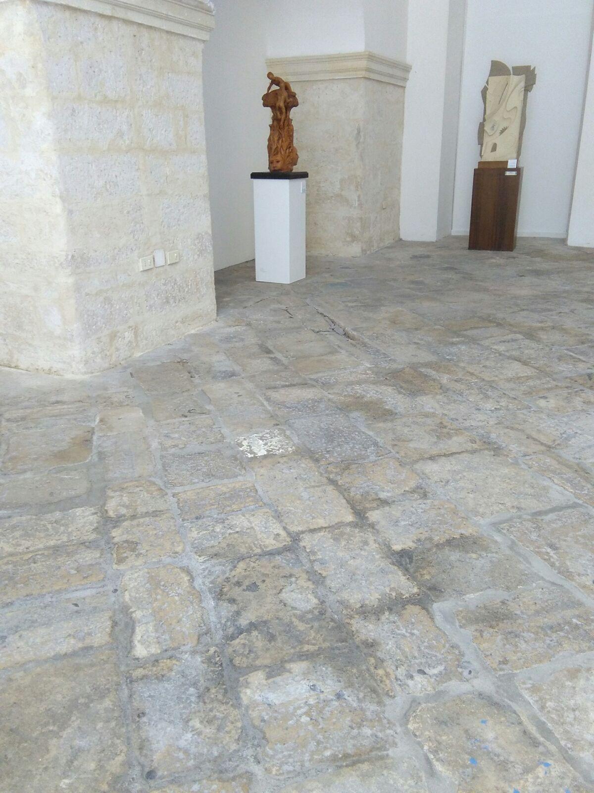 cedimento pavimento sala mostre  5