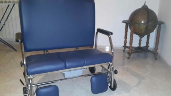 Sedie A Rotelle Per Scale : Da tre anni lotta per avere una sedia a rotelle dall asl la