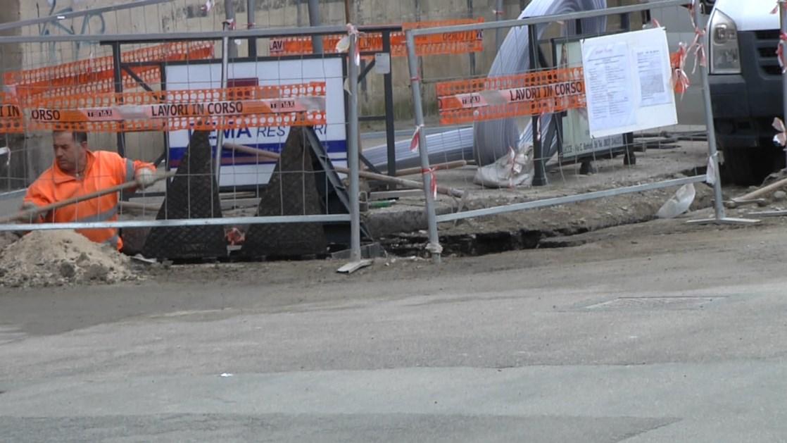 Lecce, nuovi interventi per il rifacimento del manto stradale dopo i lavori di AQP - TeleRama News