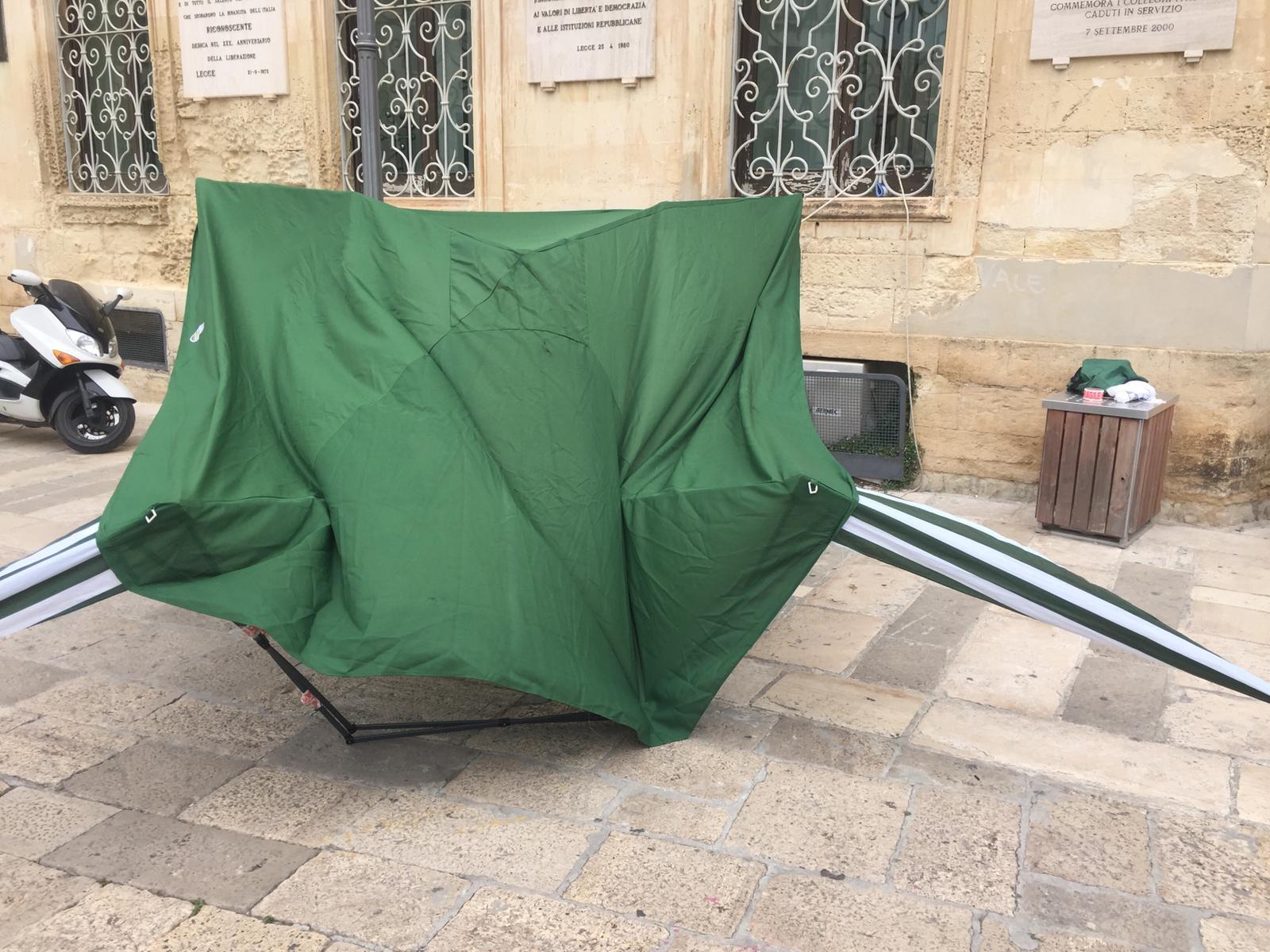 Lecce, aggressione ai militanti della Lega: ferita una 17enne
