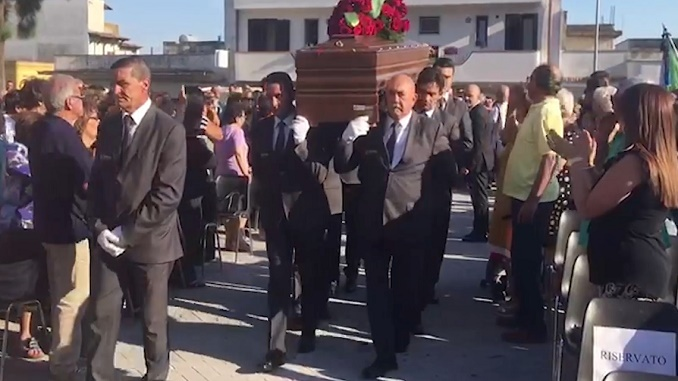 Ex Ilva, Di Maio: conosciamo scadenza 6 settembre, lavoriamo